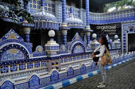 galeri_paket wisata bromo masjid turen3