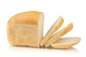 makanan wajib dibawa saat traveling - roti