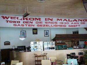 wisata kuliner legenda di malang toko oen