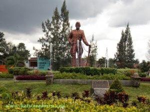 monumen Hamid Rusdi (Simpang Balapan)