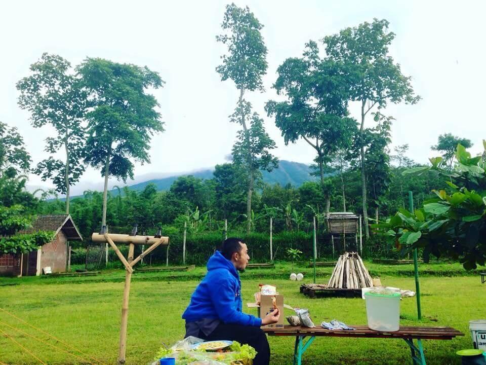 Suasana di Dusun Sahabat Alam