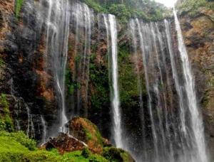 coban tumpak sewu malang - explore1ndonesia.blogspot.co.id_compressed