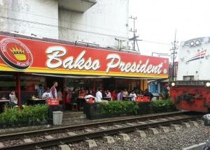 wisata kuliner legenda di malang bakso president