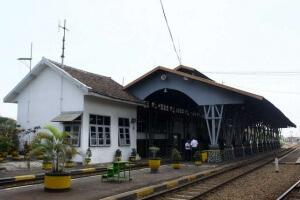 stasiun kotalama malang