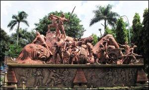 monumen Juang '45 (Jalan Kertanegara Depan Stasiun)