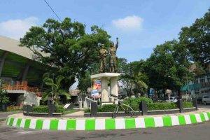monumen Tentara Genie Pelajar (Jl Semeru Std Gajayana)