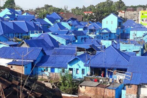 kampung biru arema malang