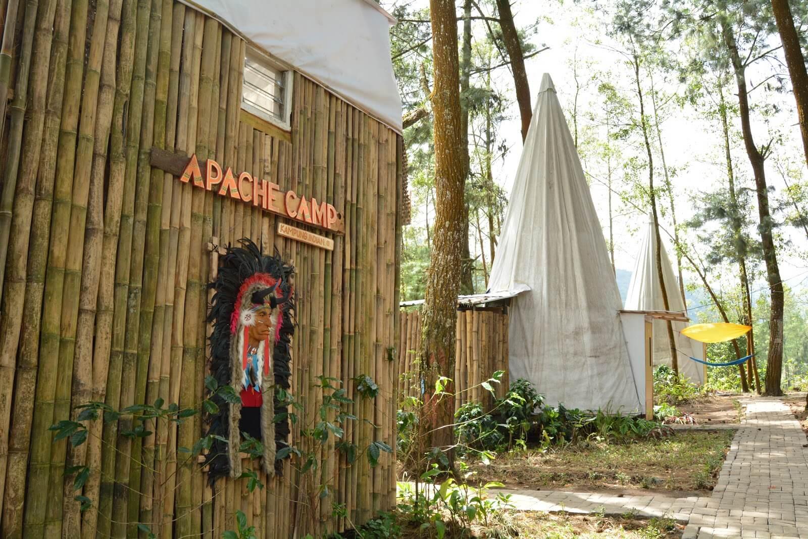 Apache Camp di Batu
