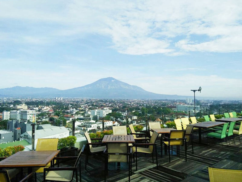 Skyroom di The 101 Malang OJ