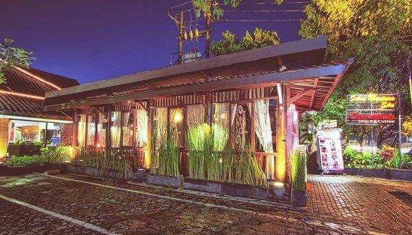 hotel di sekitar stasiun kota baru malang jalan kaki saja rh ongistravel com Stasiun Kereta API Stasiun Gambir