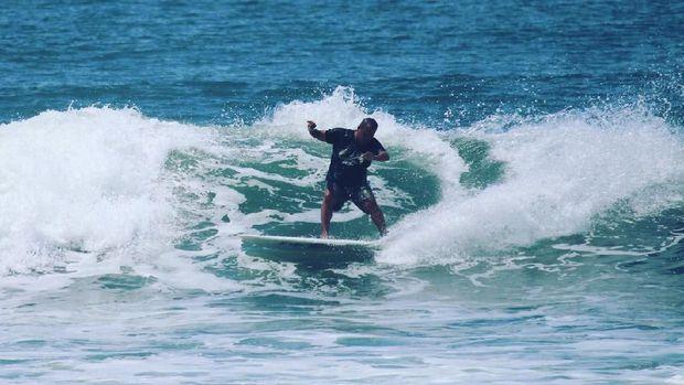 7 Pantai Di Malang Yang Bisa Untuk Surfing dengan Ombak Ciamik