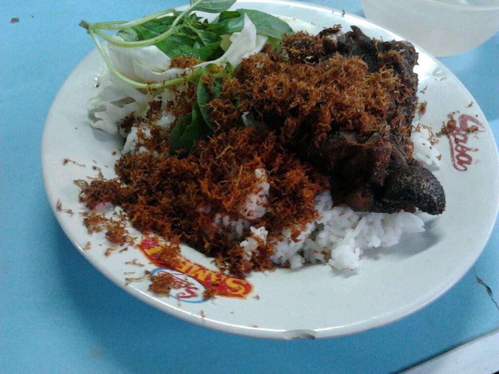 Bebek Goreng Purnama - travel surabaya malang pp